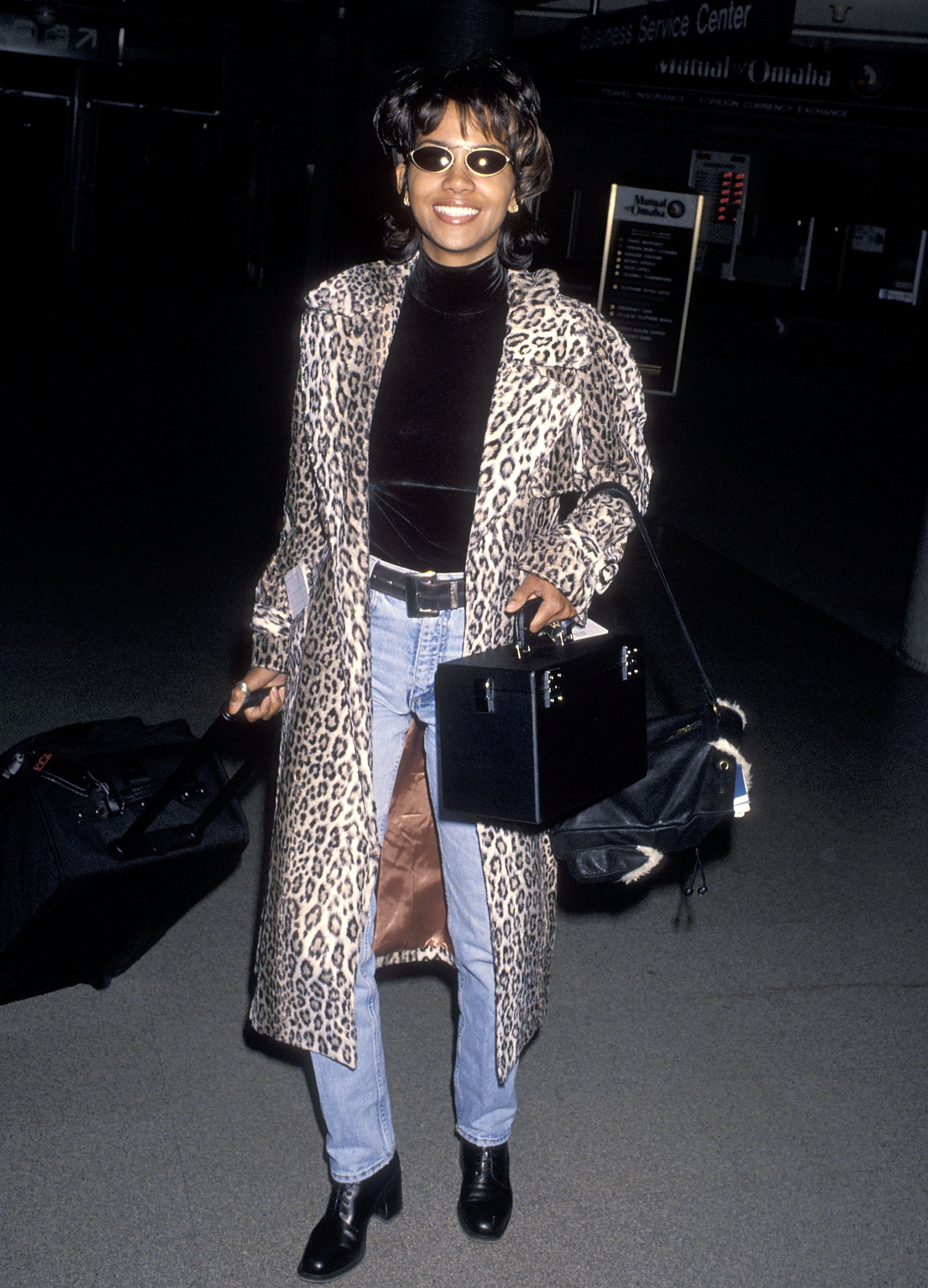 b5b079d06 Halle Berry s Best  90s Style Moments - Essence