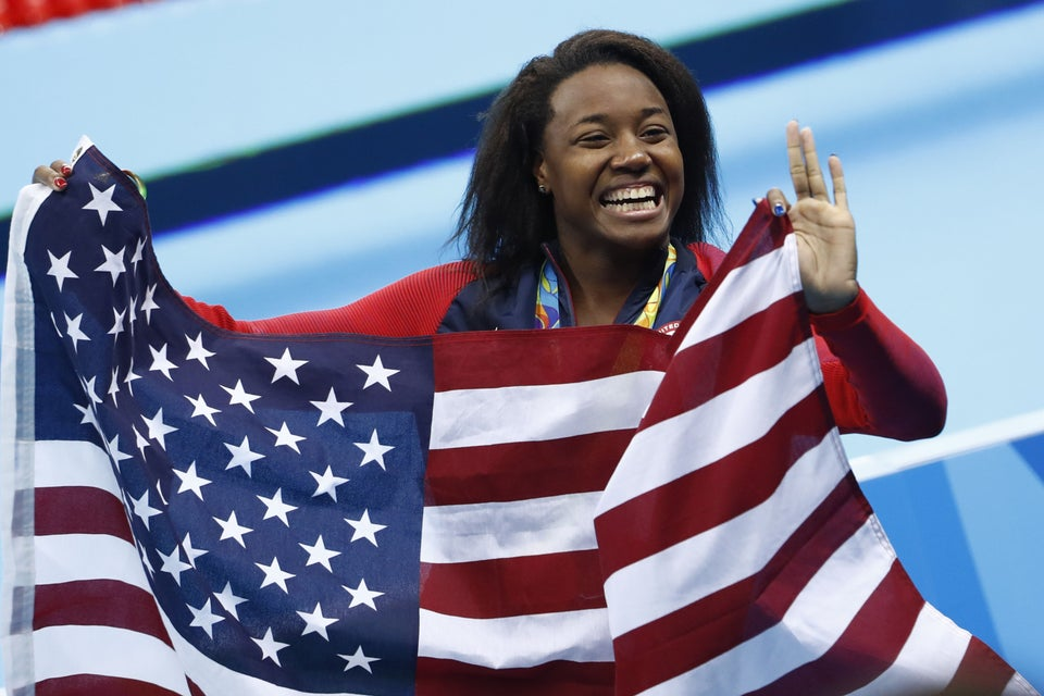 Simone Manuel Makes History: 5 Things to Know About the Olympic Medalist
