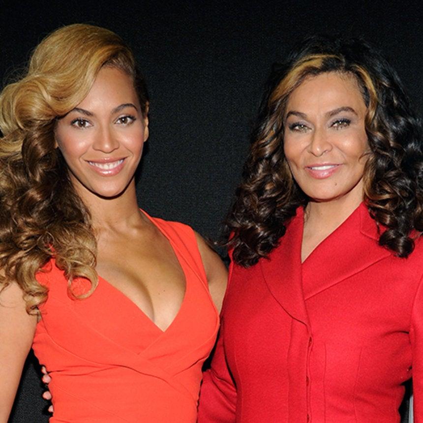Did Mama Lawson Just Reveal That Beyoncé Has a Secret Snapchat?