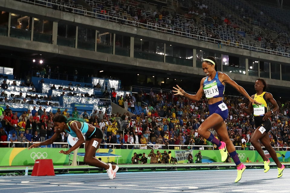 Shaunae Miller's Finish Line Dive At the Olympics Has Social Media Divided