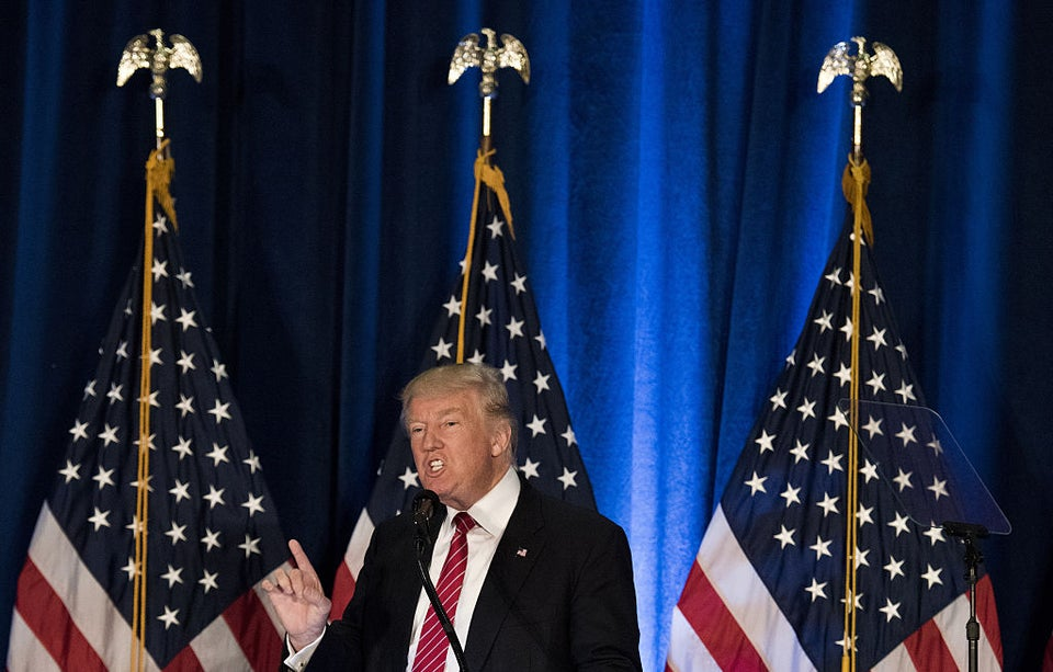 Trump Uses Police Killing In Milwaukee To Turn Black Voters Against Hillary Clinton