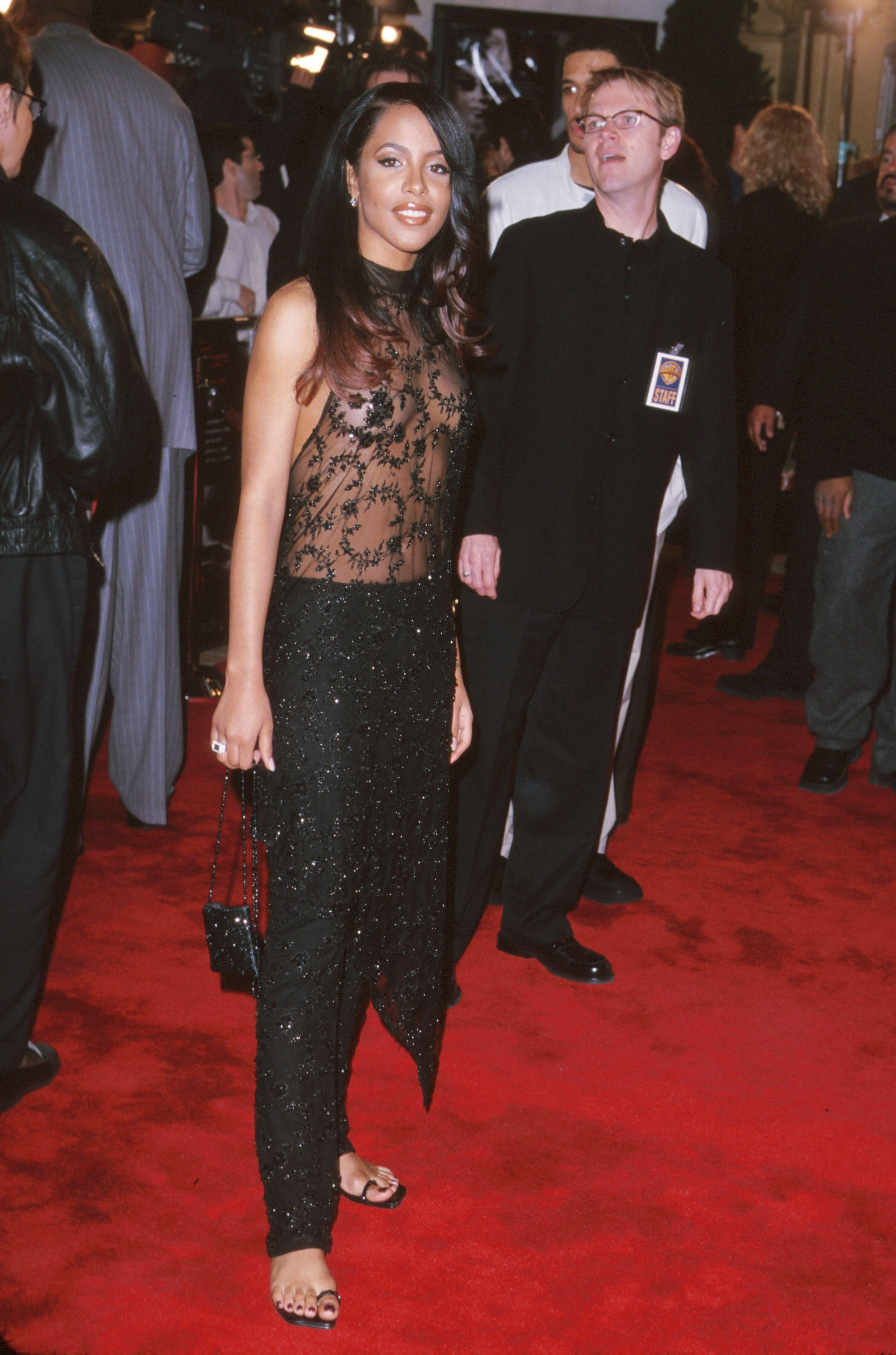 12 Throwback Photos Of Aaliyah S Iconic Style Essence