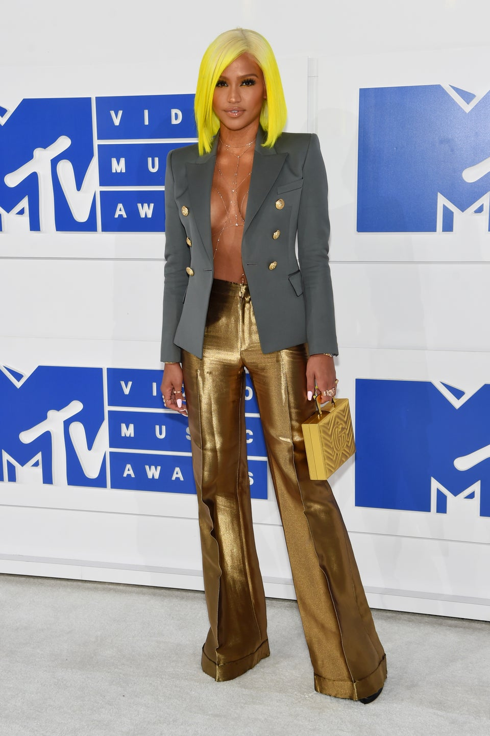Cassie Delivers Electrifying Look on VMA Red Carpet