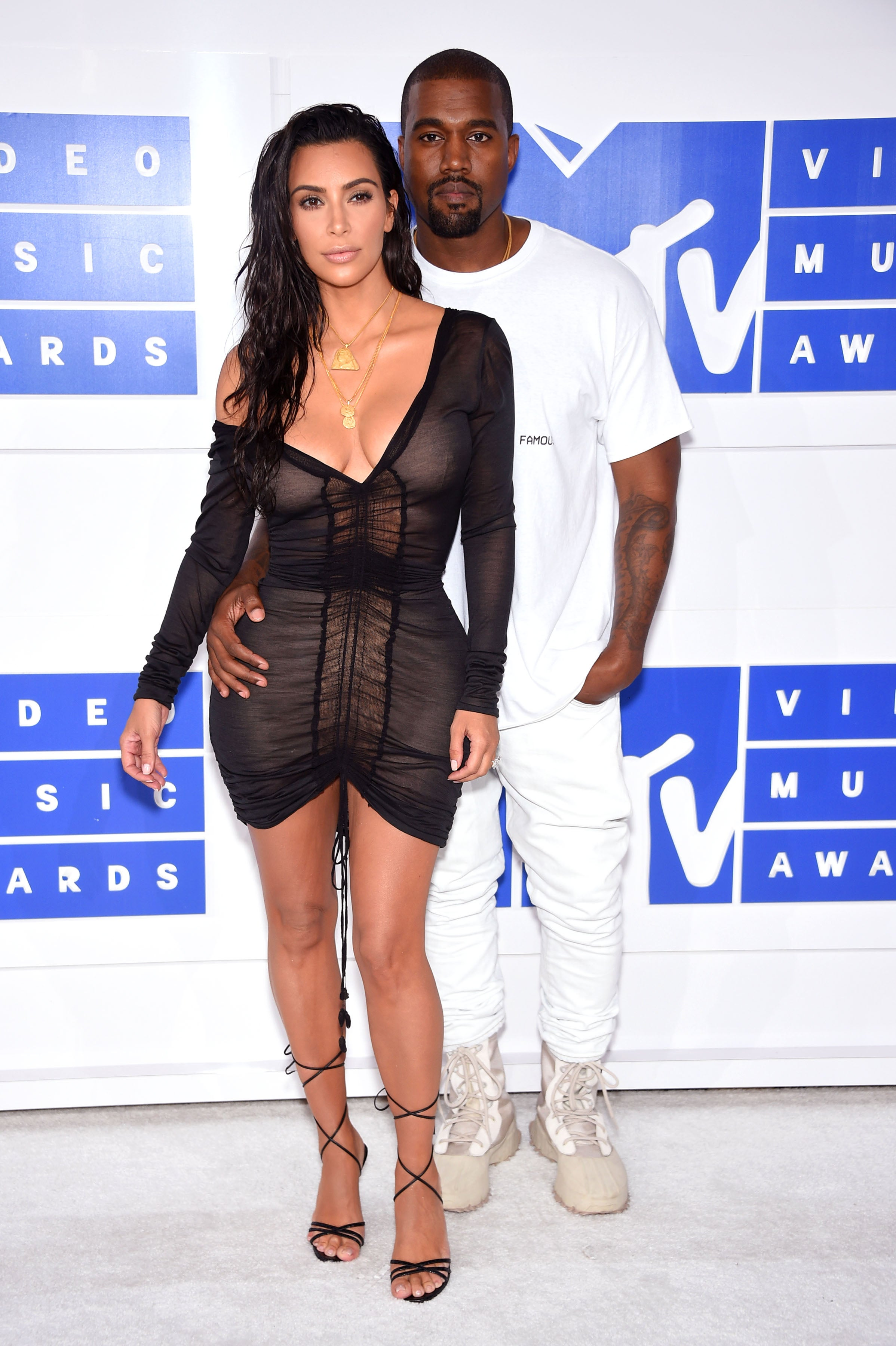 Kanye West And Kim Kardashian West Wow On The VMAs Red Carpet