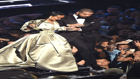 Rihanna and Drake Just Kissed (a Little Tiny Bit) and My Heart Exploded
