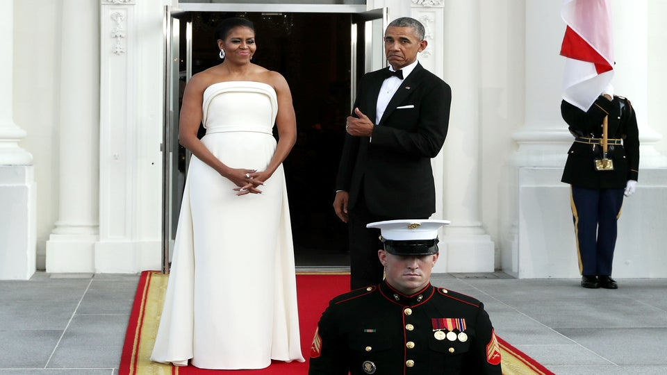 Michelle Obama Shines In White Brandon Maxwell Dress At Singapore State Dinner