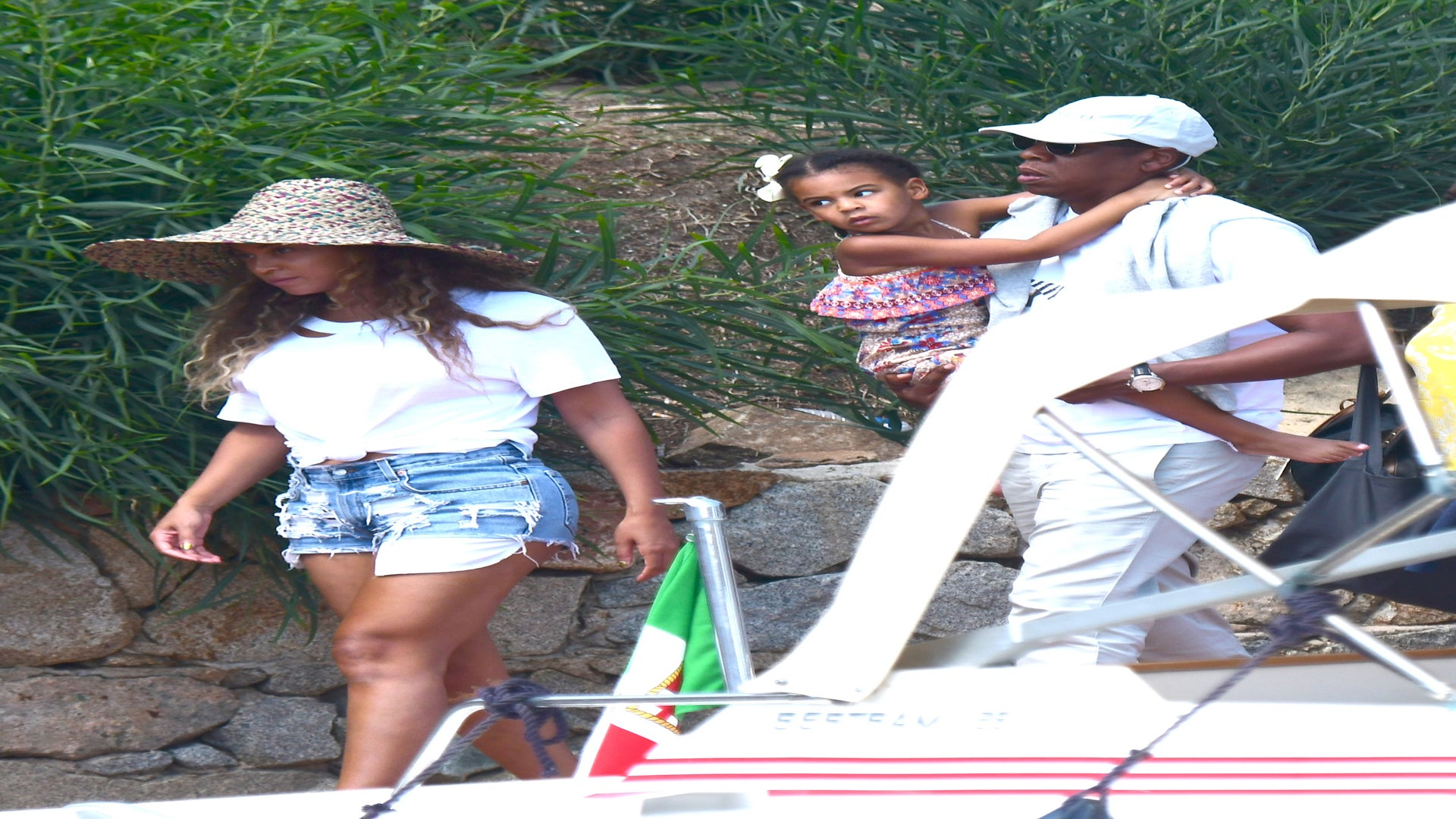 Beyoncé Shows Off Her Super Toned Legs in Short Shorts While Out in Italy