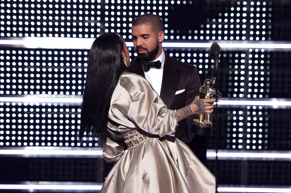 Rihanna and Drake Reached Peak PDA in the Club