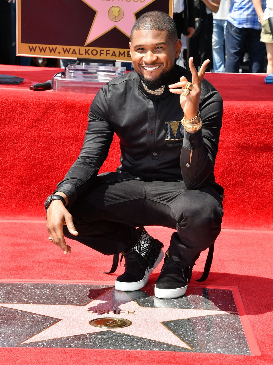 Usher Thanks Fans As He Receives Star On Hollywood Walk Of Fame