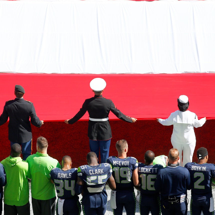 Not Everyone Was Impressed By The Seattle Seahawks' National Anthem Demonstration