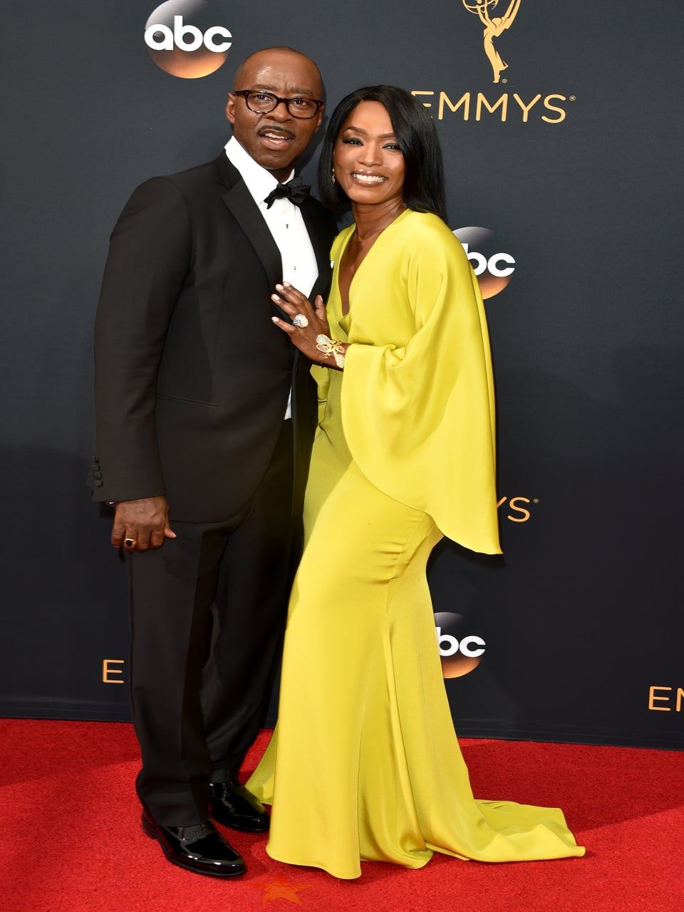 Courtney B. Vance Just Gave Wife Angela Bassett the Best Shout Out Ever