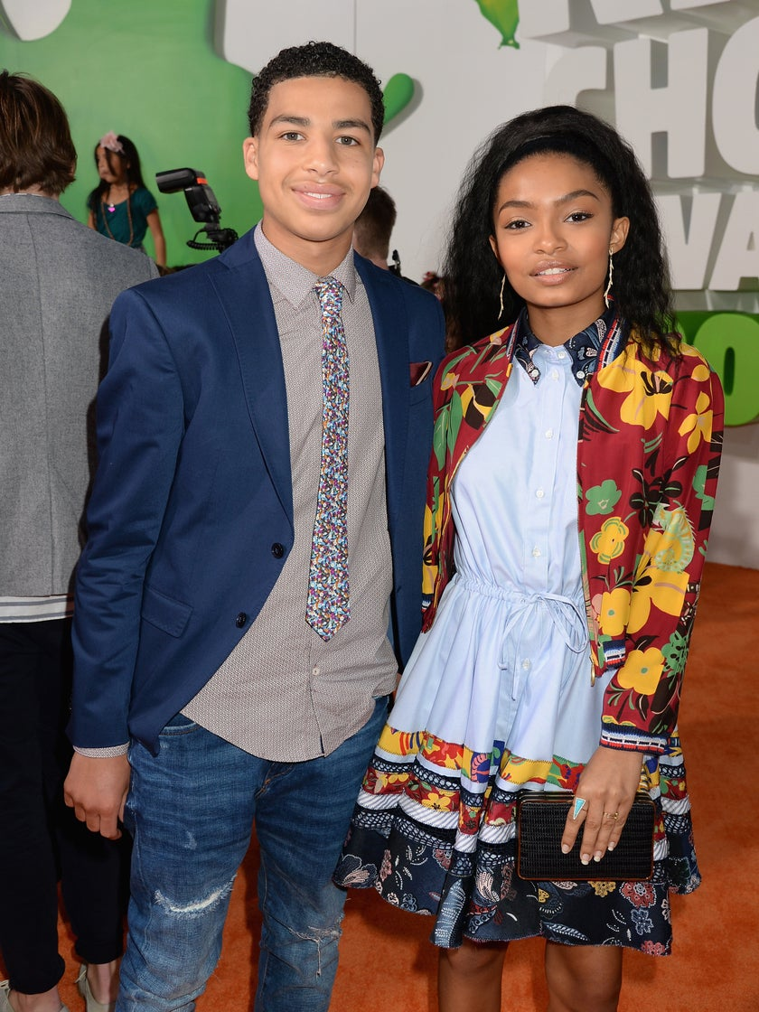 """""""Black-ish"""" Stars Yara Shahidi & Marcus Scribner Can't Vote Yet, But They Want Yours To Save The Planet"""