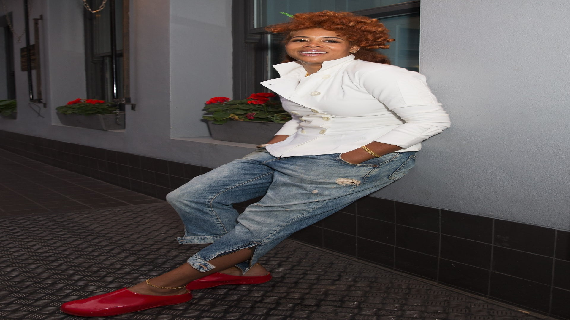You Have To See Kelis' Gorgeous Technicolor Locs