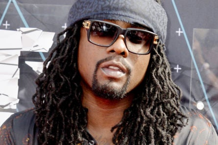 American Airlines Apologizes 'Profusely' To Wale After Rapper Said Flight Attendants Were Racist - Essence