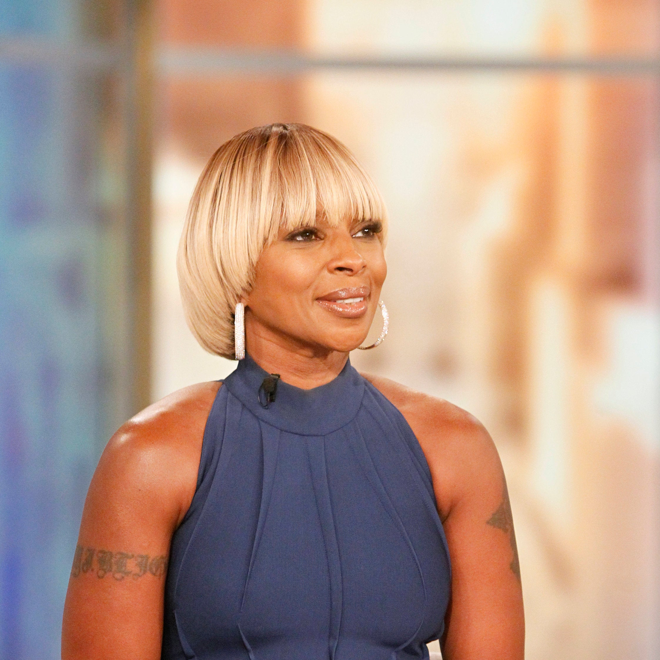 The Internet Is Having A Field Day With This This Mary J. Blige,Clinton Interview