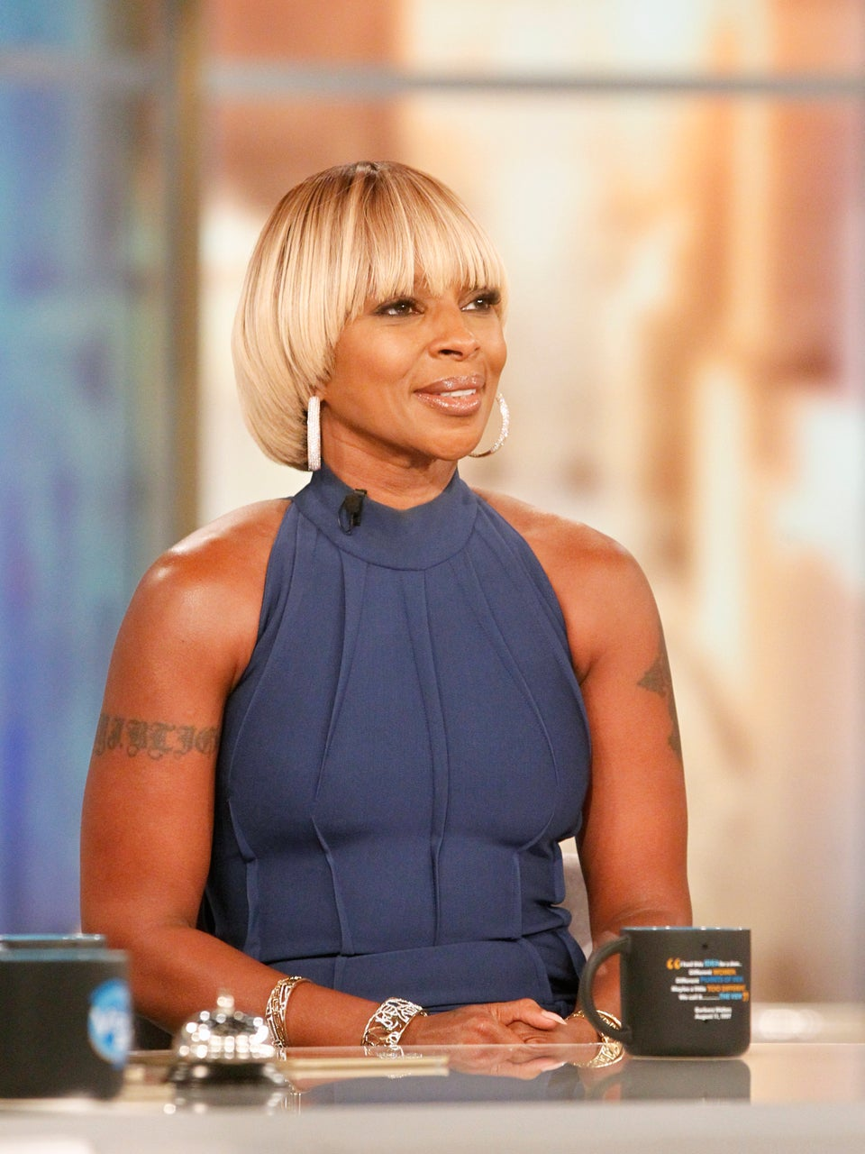 The Internet Is Having A Field Day With This This Mary J. Blige, Clinton Interview