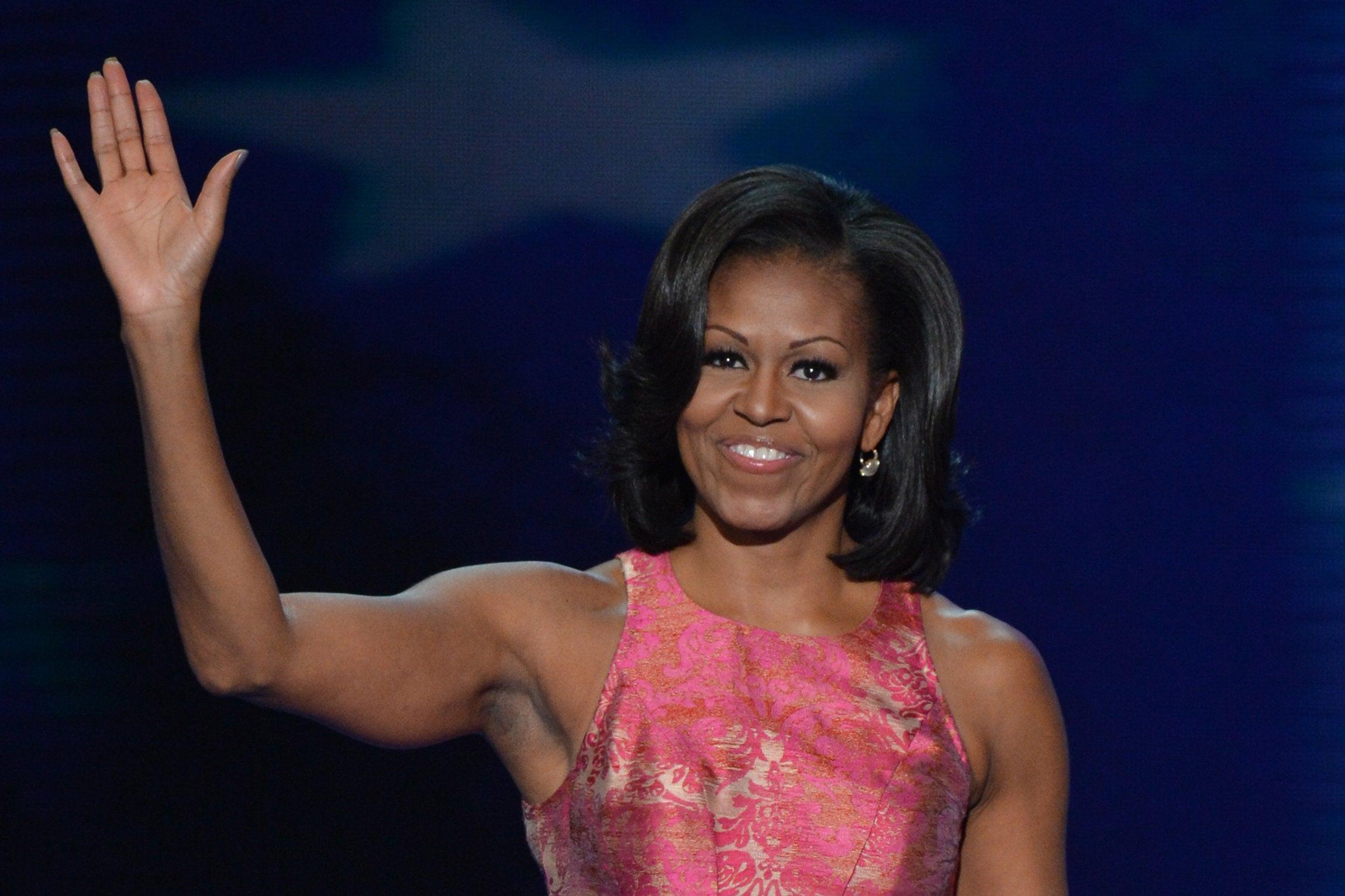 Michelle Obama's Best Fashion Moments in Black Designers ...