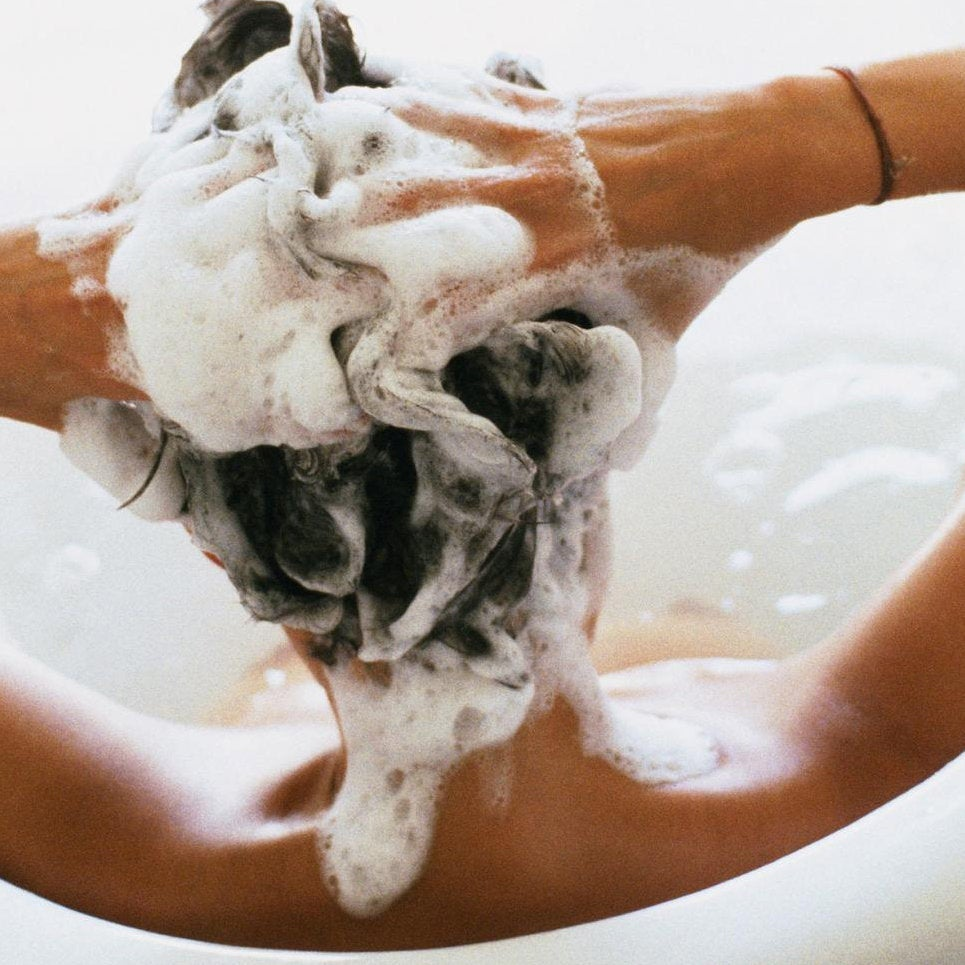 Washing and Detangling Tips For Transitioners