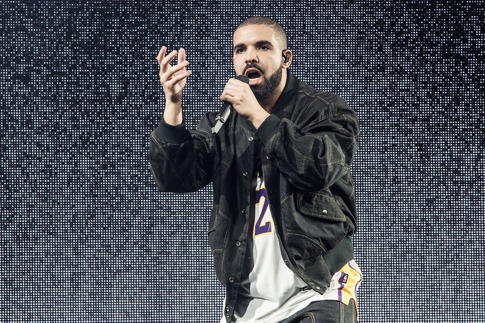 Drake Rocking An Esprit Sweatsuit Is 90s Style Awesomeness