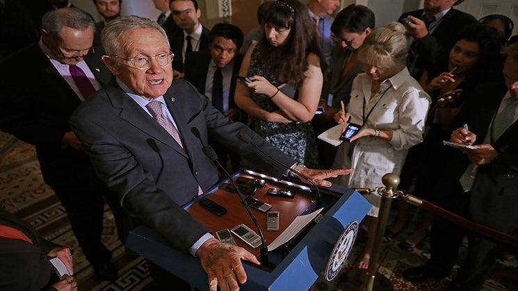 Congress Avoids Government Shutdown With $1.1 Billion Zika Research Bill