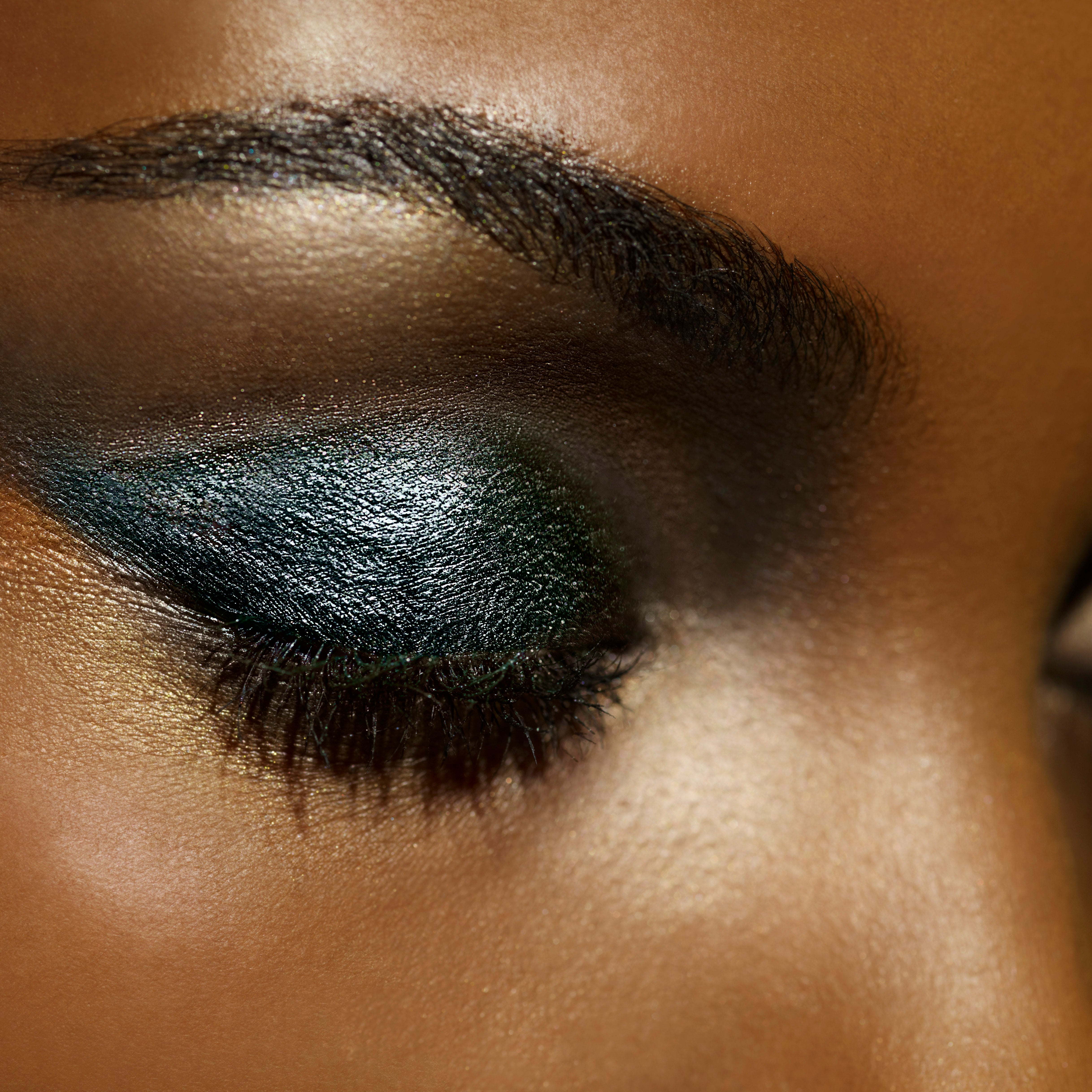 10 Products That Will Give You Smokey Eyes In Just One Step
