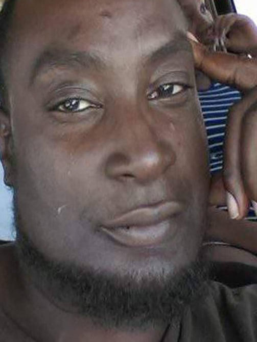 Keith Lamont Scott Autopsy Reveals He Was Shot In The Back