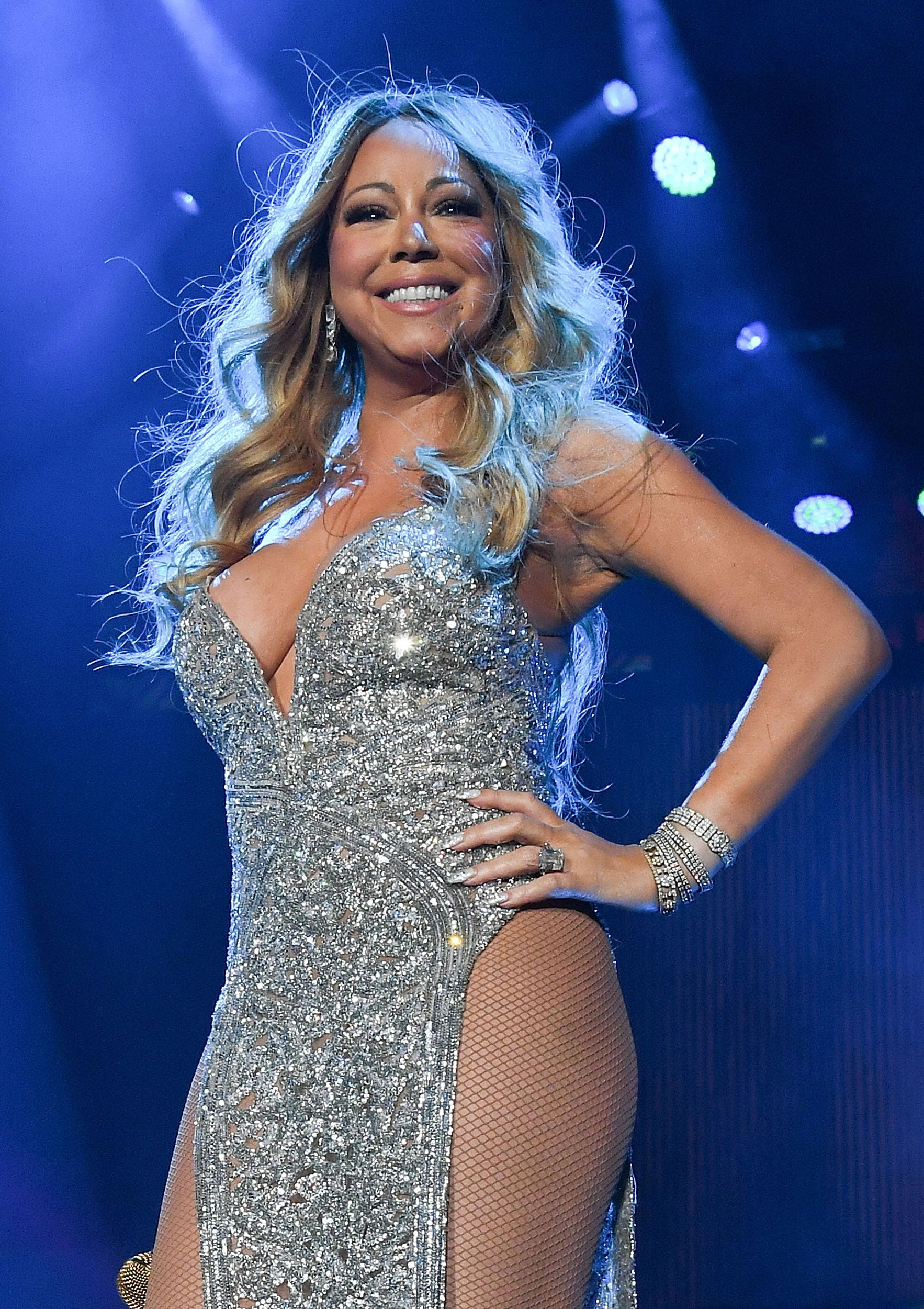 Mariah Carey Torches $250,000 Wedding Gown In New Video