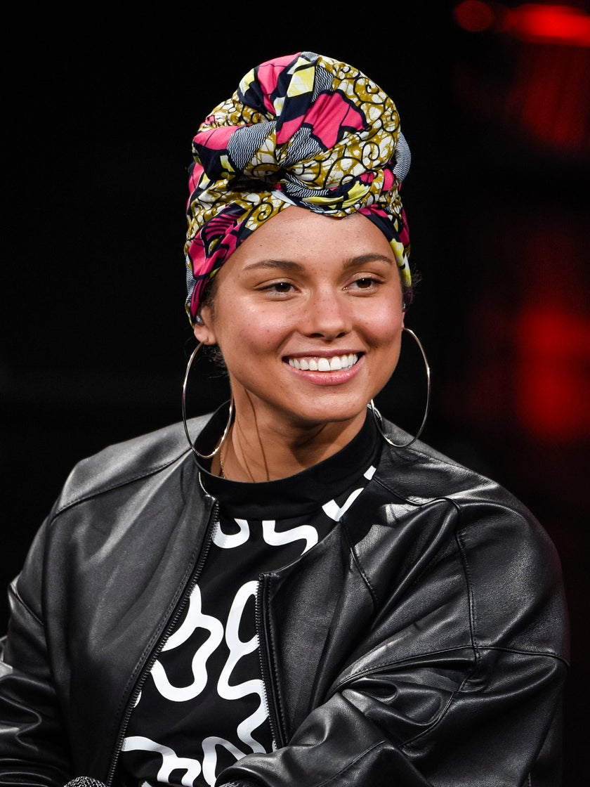 How Meditating Is Helping Alicia Keys Be a More Mindful Mom: 'It's Given Me a Whole New Perspective'