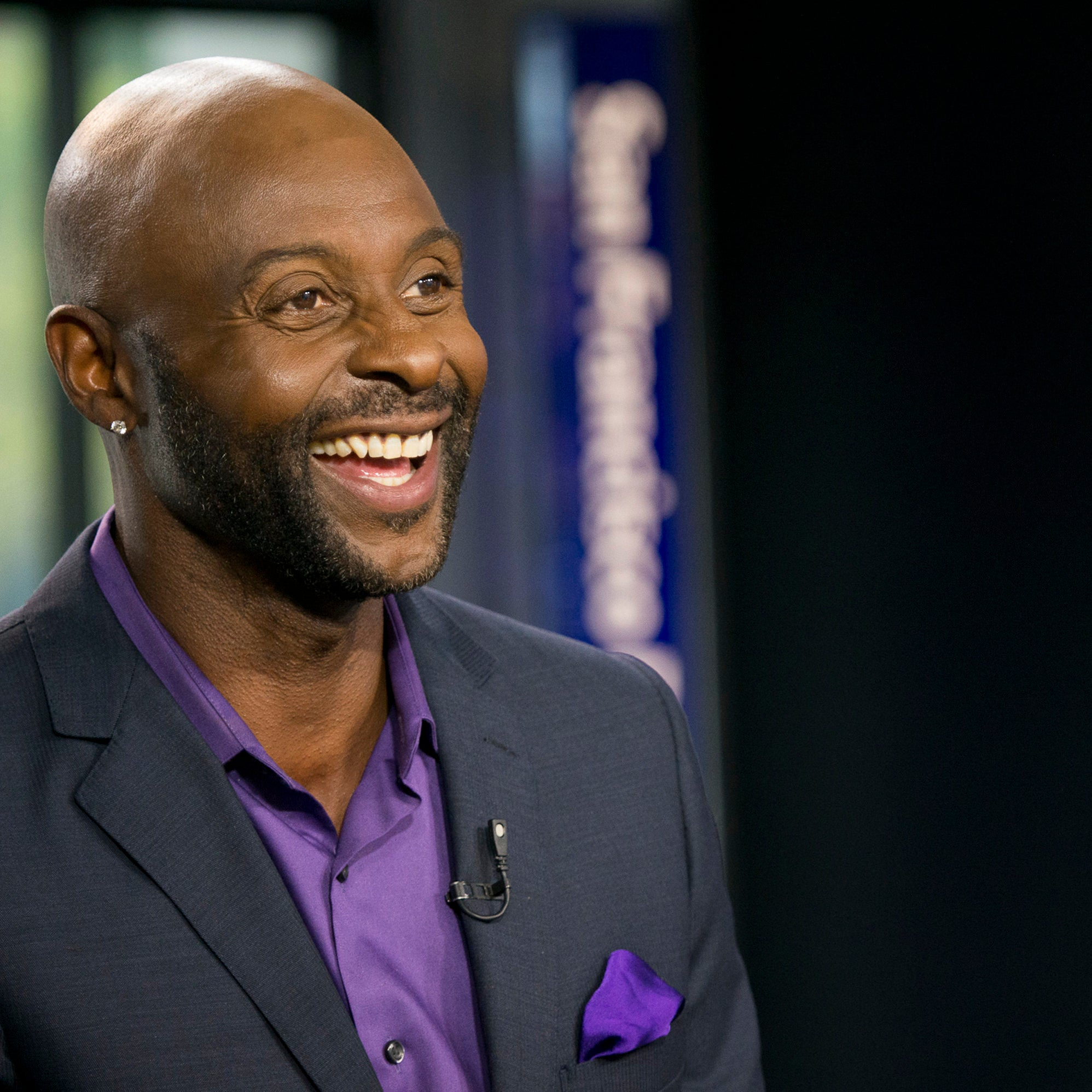 "He Finally Gets It: Jerry Rice Apologizes For Saying ""All Lives Matter"""