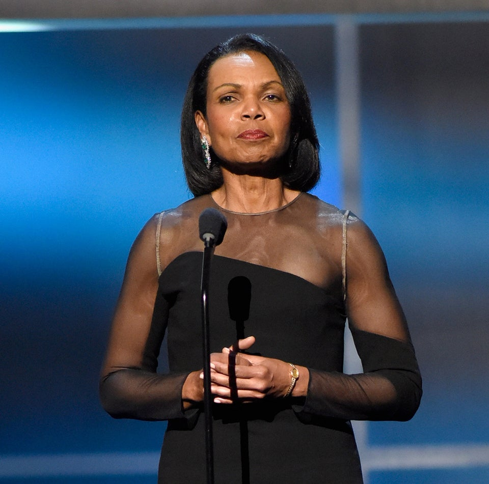 Condoleezza Rice Calls on Donald Trump to Withdraw from Presidential Race