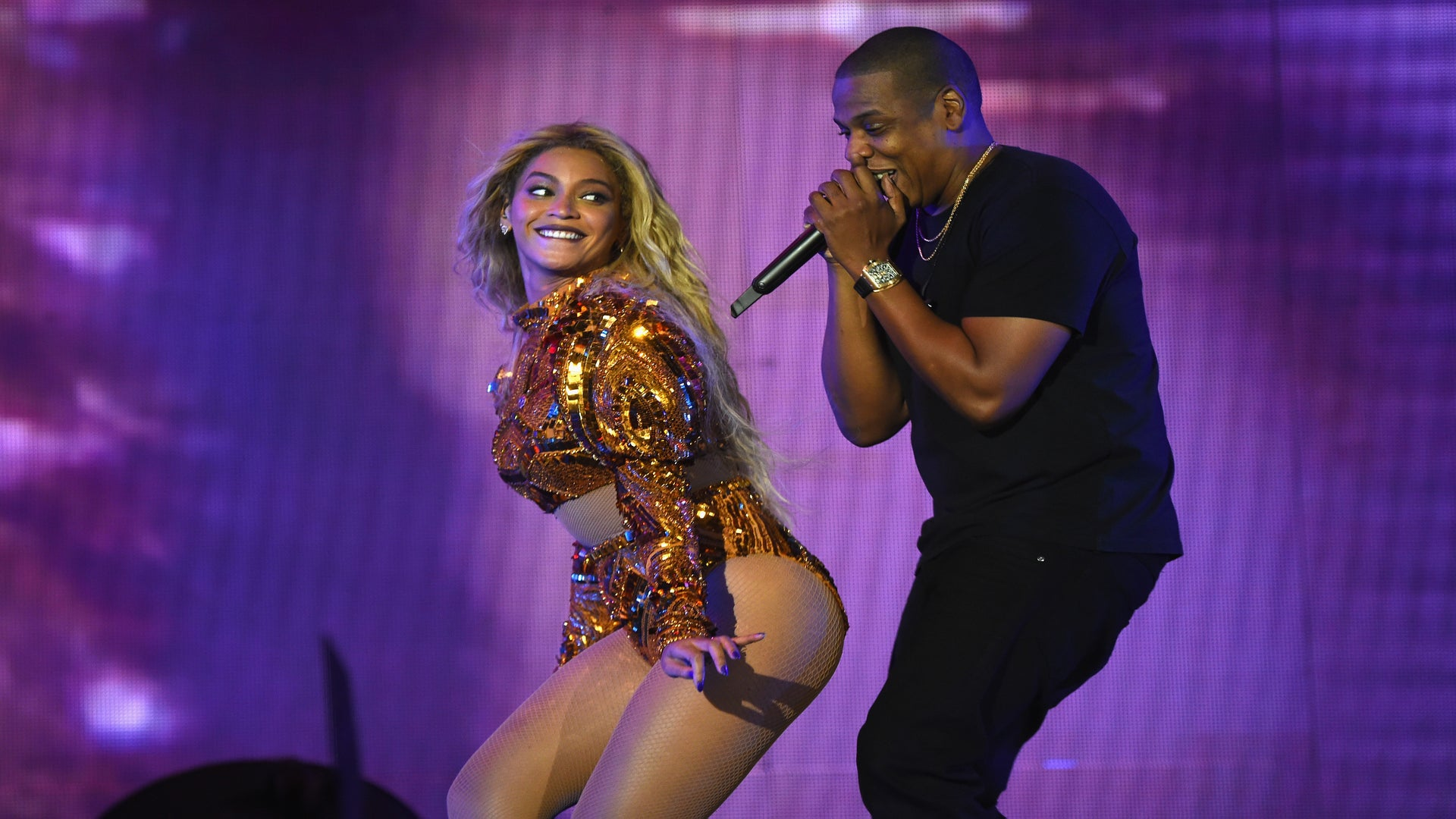 Beyoncé Rumored To Be Performing At Hillary Clinton Rally With Jay Z