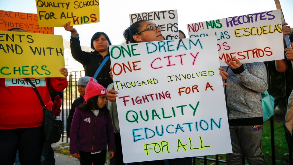 Chicago Teacher Strike Averted With Last-Minute Deal