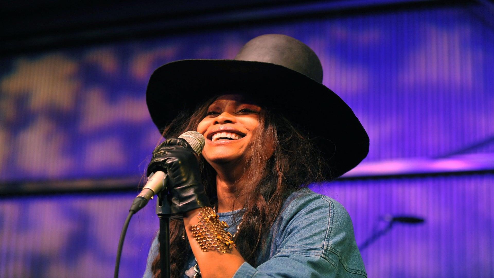 Erykah Badu Set To Host The 2016 Soul Train Awards