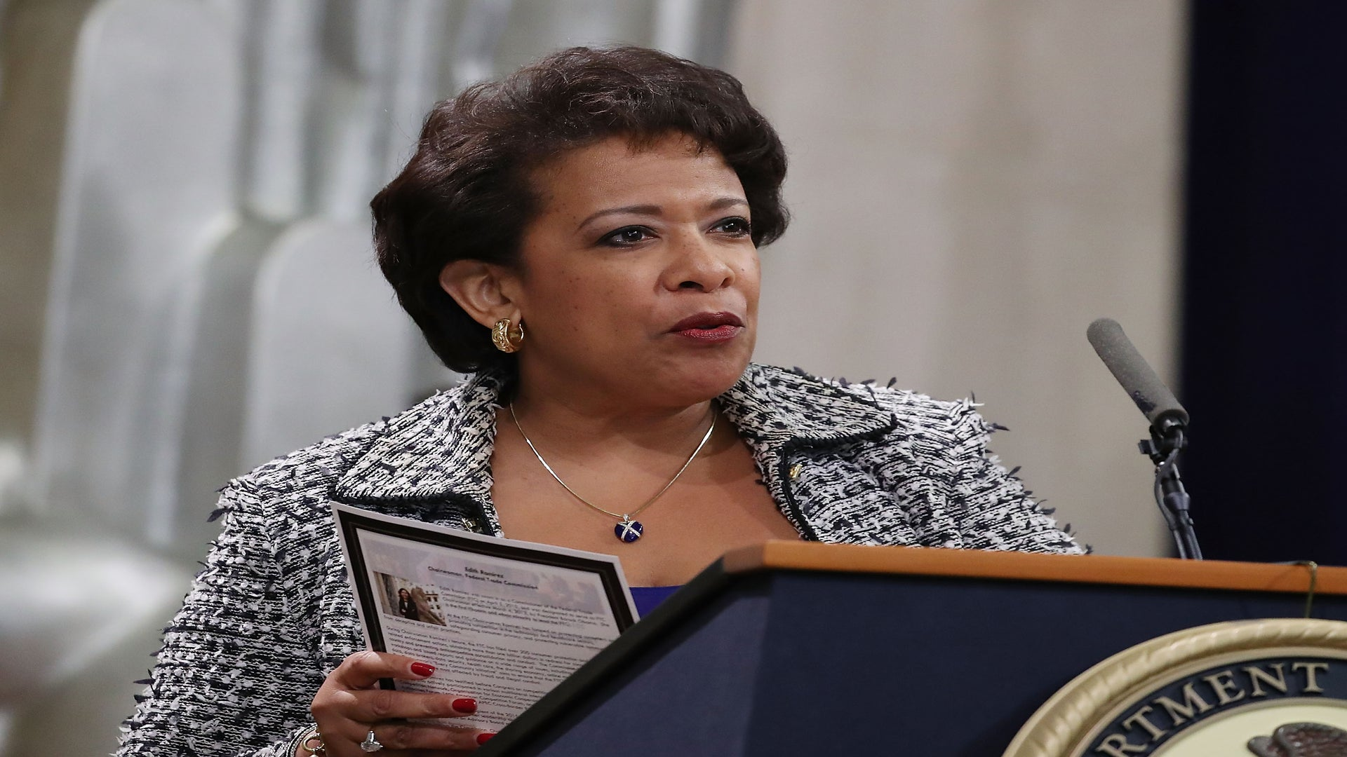 Loretta Lynch Announces New DOJ System To Track Police Use Of Excessive Force