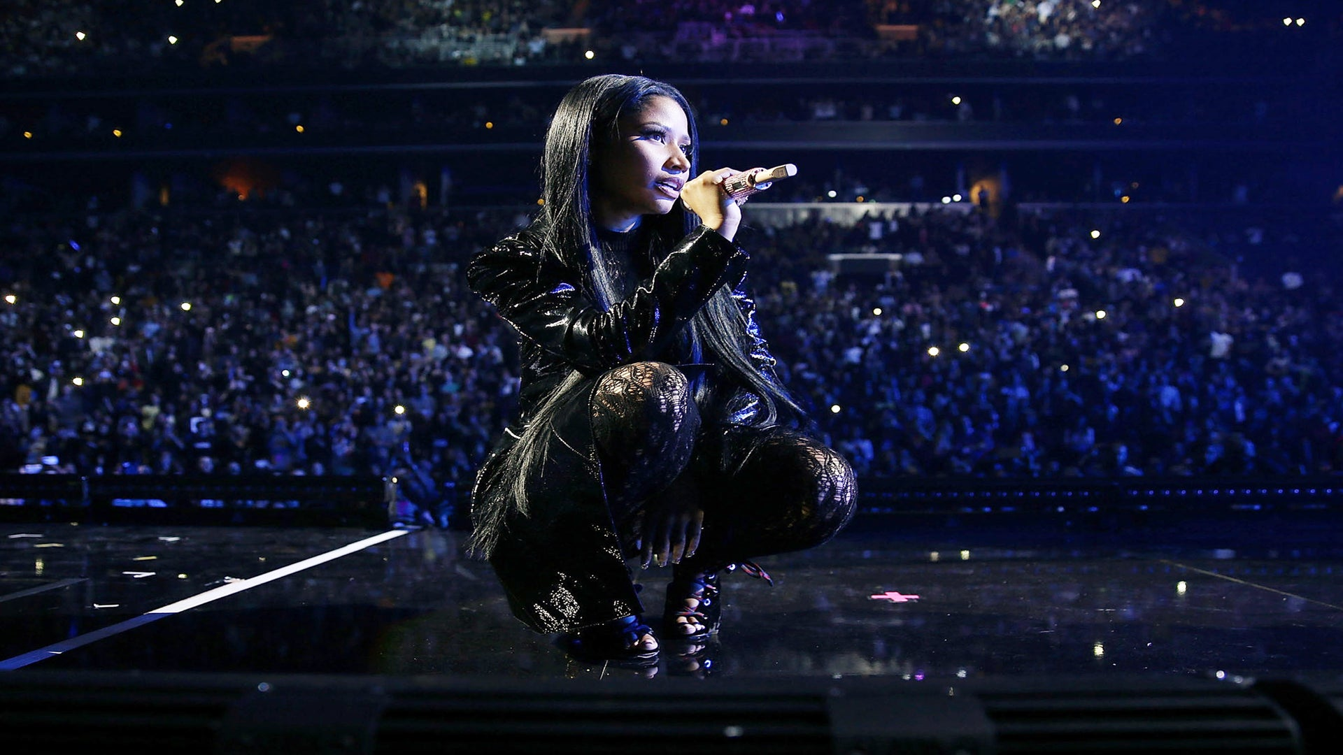 Nicki Minaj Will Bless Us Before The New Year With 'The Pinkprint Tour' Documentary