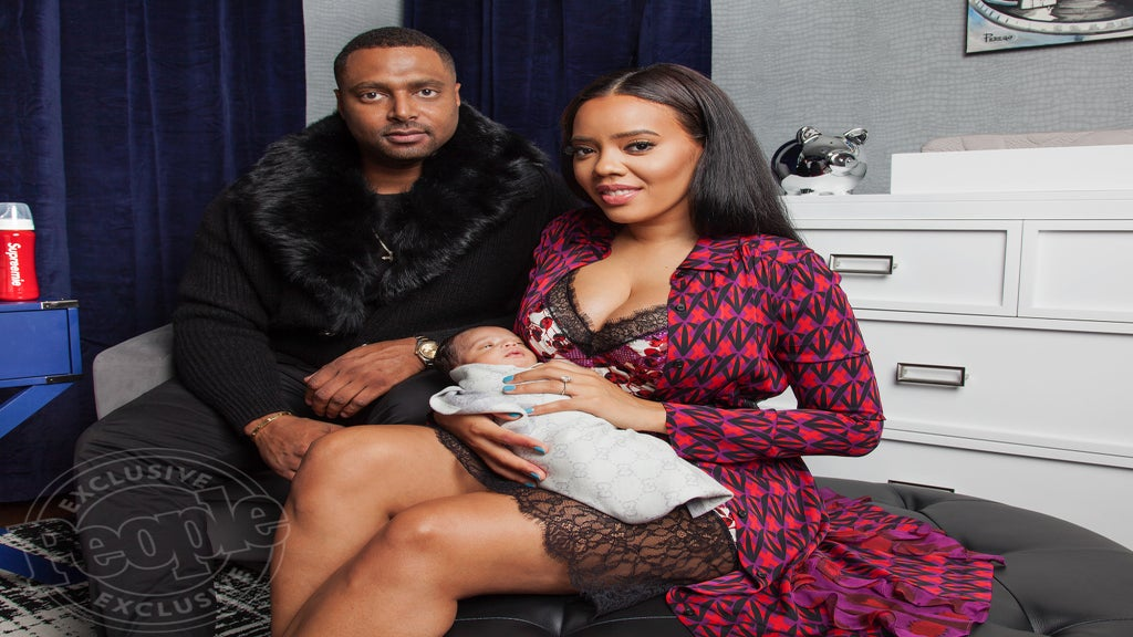 Twinsies! Angela Simmons And Baby Sutton Are Identical In Matching Batman Tees