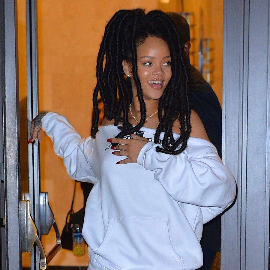 RiRi's With Her! Rihanna Wears $35 Hillary Clinton T-Shirt in New York