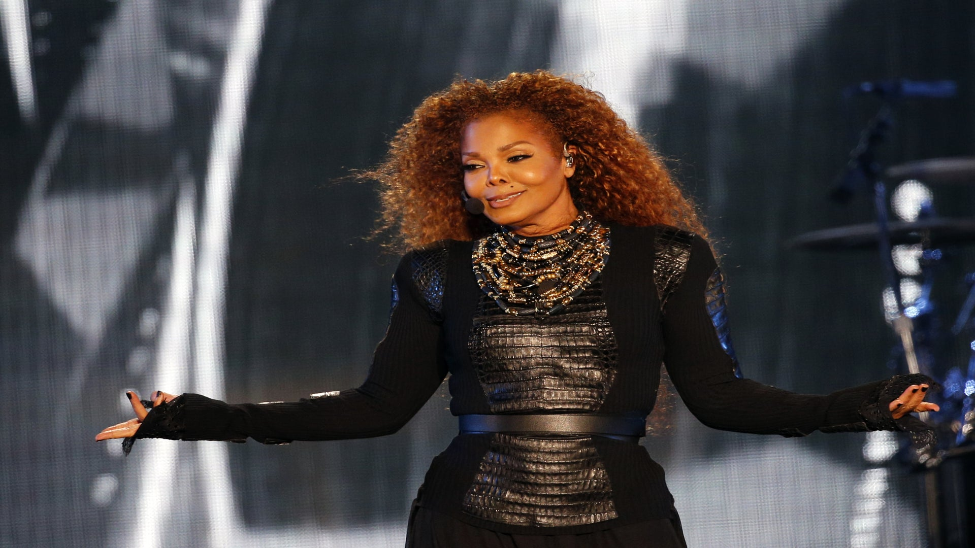 Why The Unbreakable Janet Jackson Deserves The Rock AndRoll Hall Of Fame