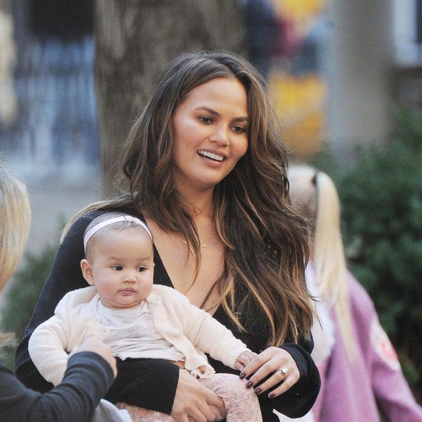 Chrissy Teigen Posts A Baby Luna First: 'Her First Savory Bite'