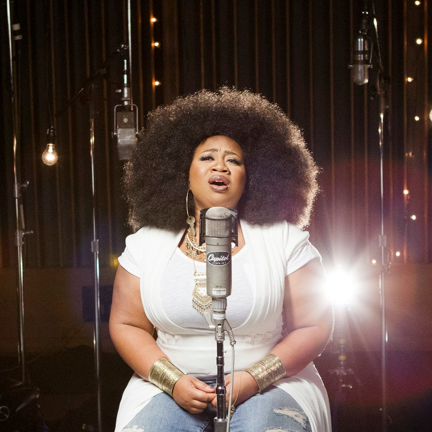 """American Idol Starlet La'Porsha Renae Talks New Music And The """"Crazy"""" Thing She Did To Boost Her Confidence"""