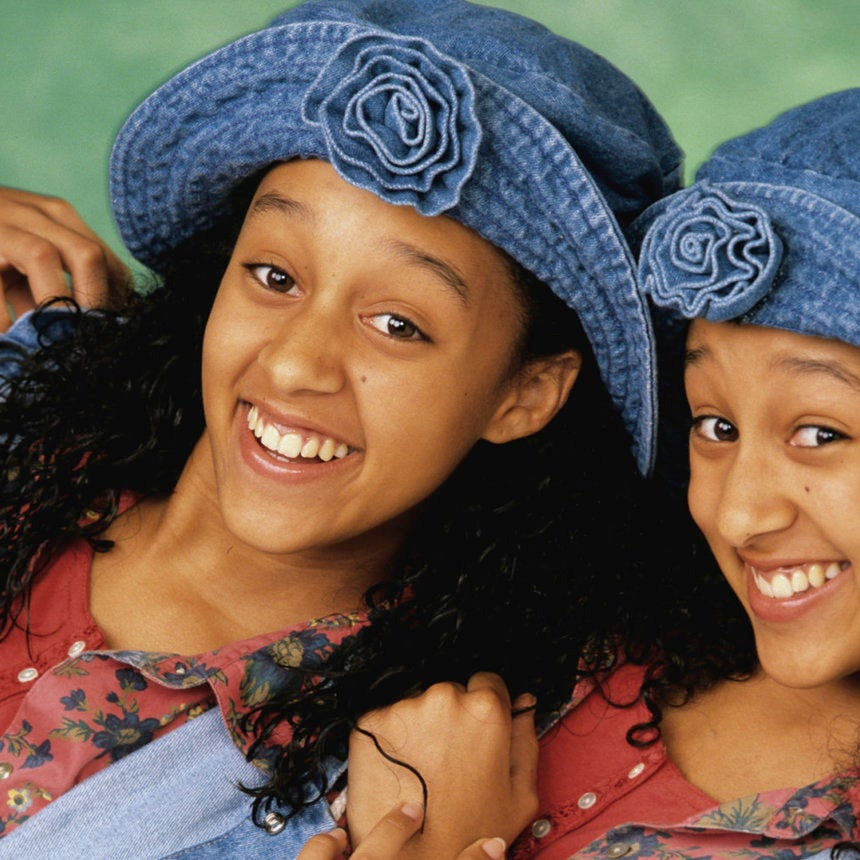 A 'Sister, Sister' Reboot Is Happening And We're 100 Percent Here For It