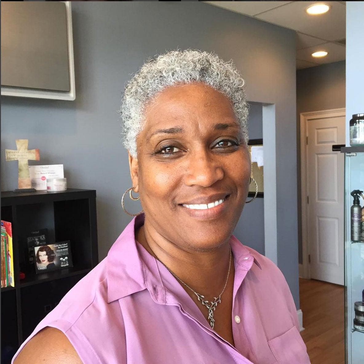 African American Salt And Pepper Hairstyles: Beautiful Black Woman With Gray Hair