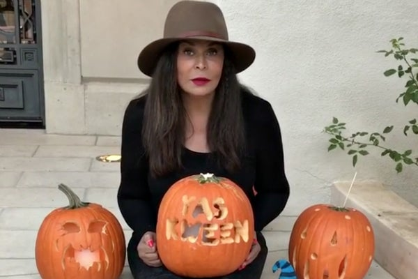 """Tina Knowles-Lawson Is """"Kweening"""" For Halloween And We Love It"""