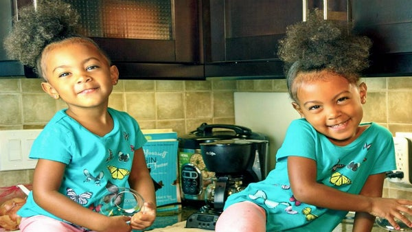 Little Alexis McClure Has The Most Adorable Meltdown Ever After Learning Her Twin Sister Is Older