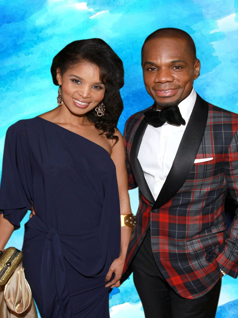 Kirk Franklin Surprises His Wife At Airport and Proves That After 20 Years Of Marriage The Romance Never Dies