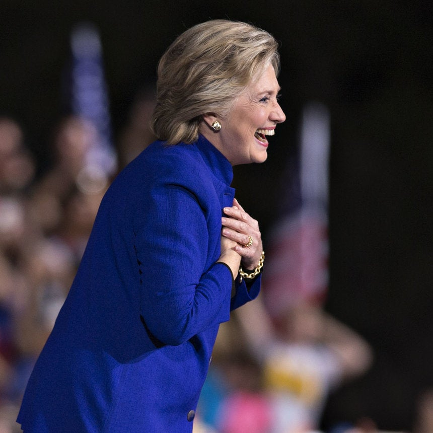 Hillary Clinton Regains Narrow Lead Over Donald Trump in Tracking Poll