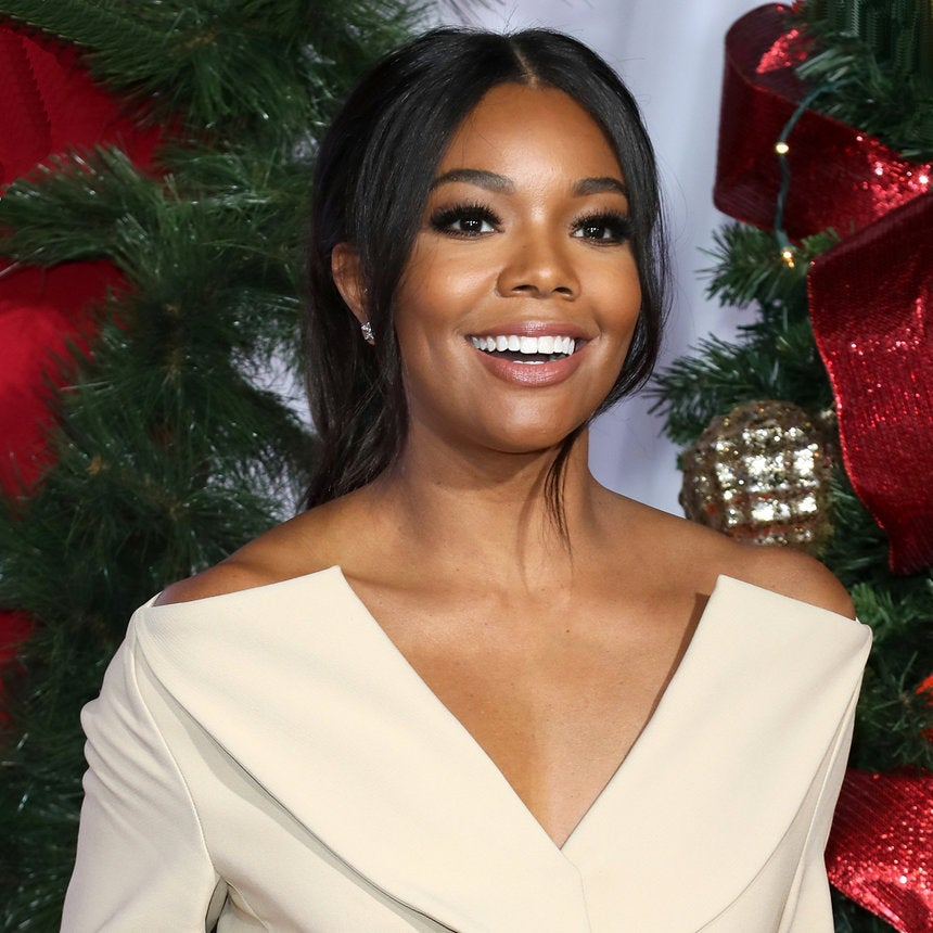 Celebs Get Festive at the 'Almost Christmas' Premiere