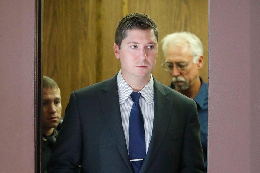 Mistrial Declared in Trial of Ex-University of Cincinnati Officer Who ...