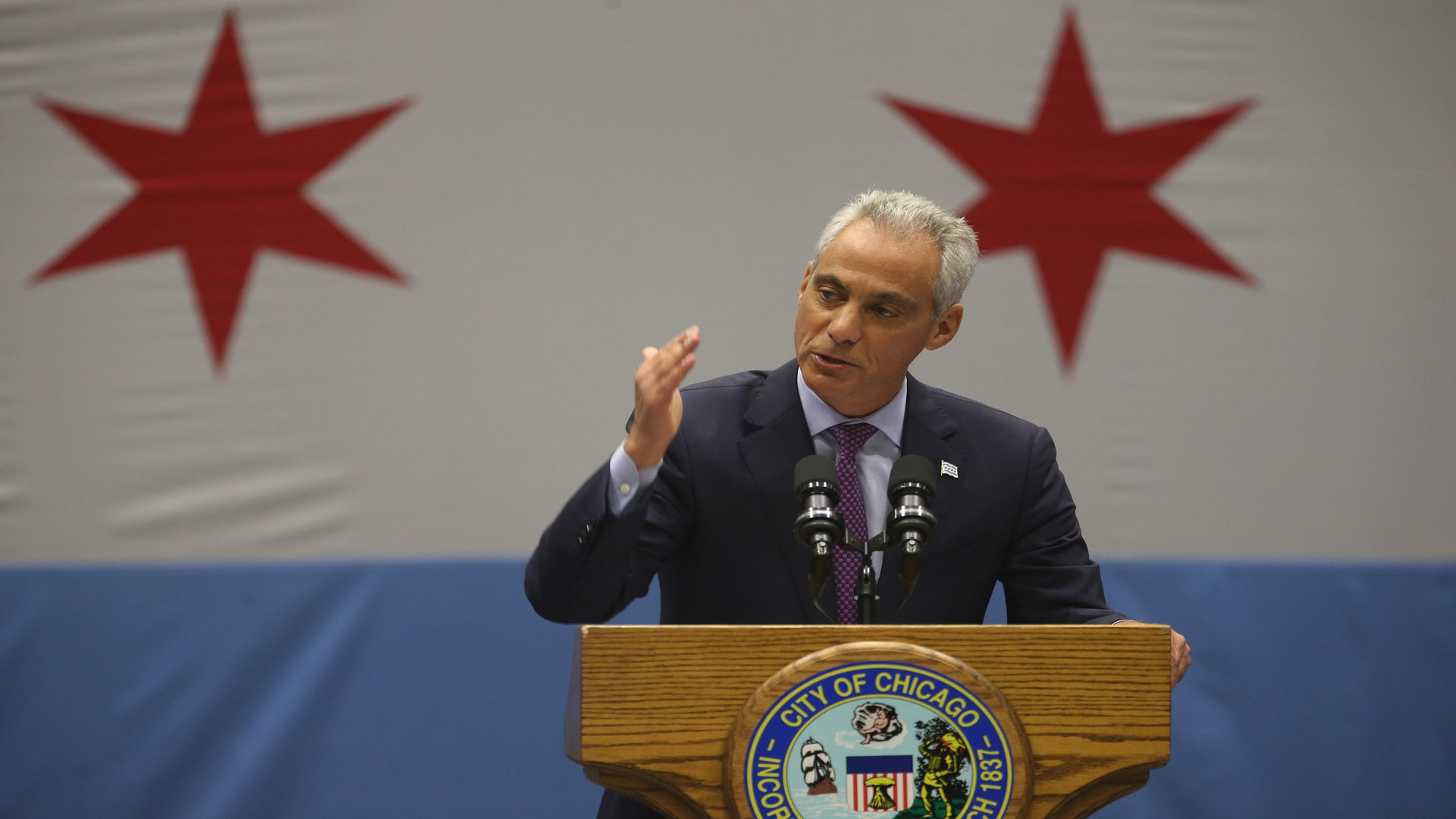 """Chicago, New York, LA to remain """"sanctuary cities"""" for immigrants"""