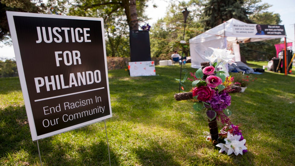 Minnesota Officer Who Fatally Shot Philando Castile Charged With Second-Degree Manslaughter